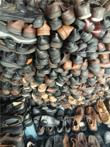 Big Size Used Shoes for Africa Market pictures & photos