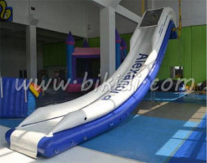Long Inflatable Water Slide for Yacht, Air Sealed Inflatalble Floating Slide for Sale D3050 pictures & photos