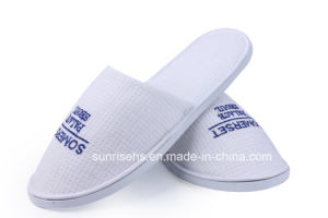 Hotel Amenity Slipper Waffle Slipper with Logo pictures & photos