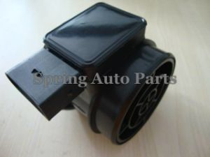 Mass Air Flow Sensor Meter 5wk9635 Ty37.473.017-99 for Volga pictures & photos
