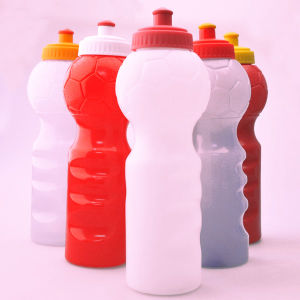 750ml High Quality Plastic Sports Bottle with Football and Fingerprint Design