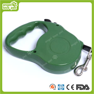 Small Blue Retractable Dog Leash (HN-CL744) pictures & photos
