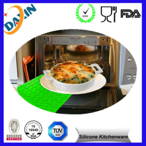 Food Grade Heat Resistant Silicone Rubber Table Mat pictures & photos