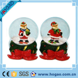 Polyresin Christmas Tree Snow Globe (HG146) pictures & photos