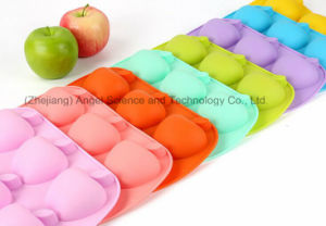 6-Cavity Apple Silicone Bakeware Cake Mold Soap Mold Sc20 pictures & photos