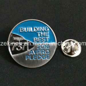 Factory Custom Souvenir Pin Badge pictures & photos