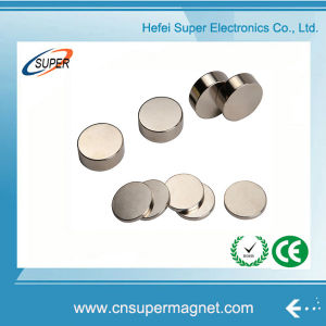 Powerful Neodymium Rare Earth N50 Disc Magnet pictures & photos