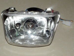 Motorcycle Parts Motorcycle Headlamp Assy for Wave110 C110 pictures & photos