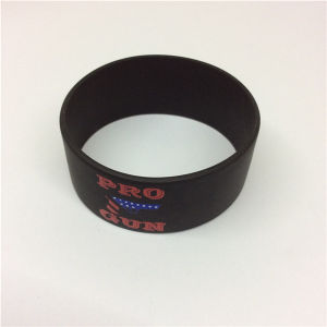 2016 Hot Selling Printed Silicone Personalised Wristbands pictures & photos