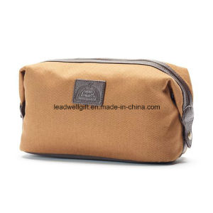 Travel Toiletry Bag with Dopp Kit pictures & photos