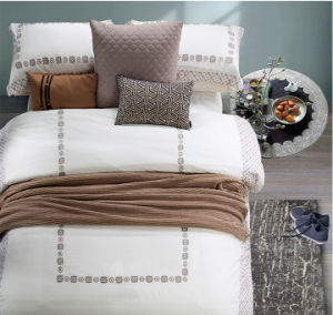 Cotton Polyester Duvet Cover Hotel Bedding pictures & photos