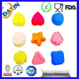 Hot Sale Custom Silicone Cake Molds pictures & photos