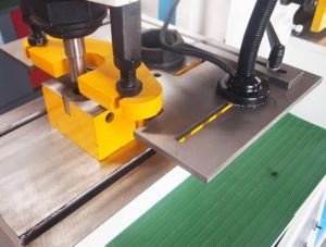 CNC Angle Iron Bending Machine with European Standard pictures & photos