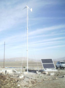 600W Wind Generator with Solar Panel Hybrid System (100W-20KW) pictures & photos