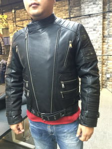 Fashion New Design Windproof Zipper Motorcycle Men PU Leather Jacket (SAT002) pictures & photos