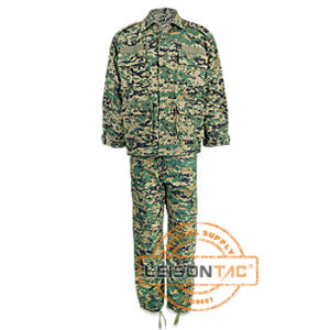 High Quaility Military Uniform with ISO and SGS Standard pictures & photos