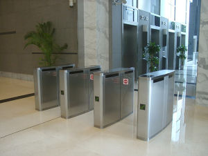 New Security Wing Gates RFID Card Reader Security Turnstile Gate pictures & photos