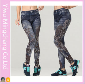 2016 Latest Design Plus Size European and American Fashion Coffee Flower Pattern Seamless Stretch Denim Leggings pictures & photos