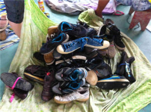 Hotest Selling and Sorted Summer Used Shoes Second Hand Shoes and Bags Used Shoes pictures & photos