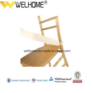 Hot Sale Wooden Chiavari Chair with Cushion pictures & photos