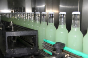 (Carbonated) Alcoholic Drinks Glass Bottling pictures & photos