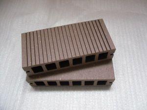 Moisture Resistant Wood Plastic Composite Decking/Flooring (HD149H34-A) pictures & photos