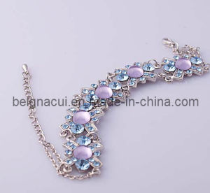 Exoticism Flower Beautiful Stone Bracelet (WWTDC00012) pictures & photos