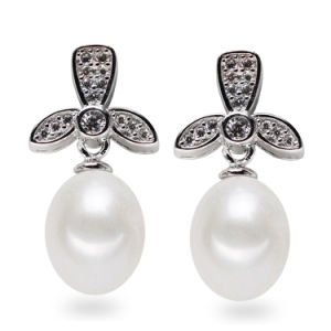 Sterling Silver Fashion Natural Freshwater Pearl Earring