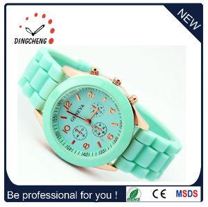 Geneva Fashion Alloy Button Silicone Gift Promotion Quartz Watch pictures & photos