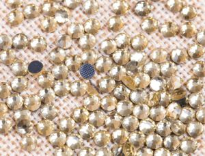 Natural Crystal Hotfix Stones DMC Rhinestones Strass for Dressing Rgd-007