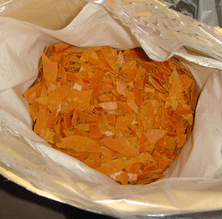 Sodium Hydrosulphide 70%Min Yellow Flakes Fe: 30ppm Max (NaHS) Sodium Hydrosulfide pictures & photos