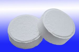 Calcium Hypochlorite 70% pictures & photos