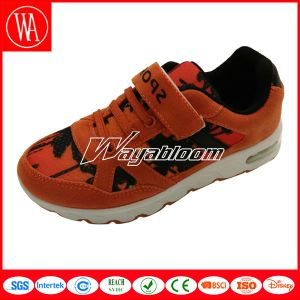 Fancy Children Sports Shoes with Magic Tape pictures & photos