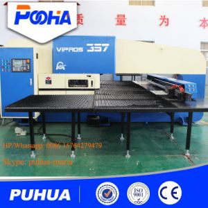 High Precision Hydraulic CNC Turret Punching Press Machine pictures & photos