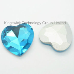 Wholesale Heart Shape Crystal Stone for Dresses pictures & photos
