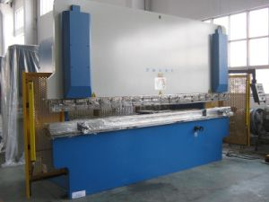 Press Brake Machine with Bending Machine (PB-500X3200) pictures & photos