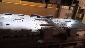 600t Big Stamping Press Tooling for Cooker Parts pictures & photos