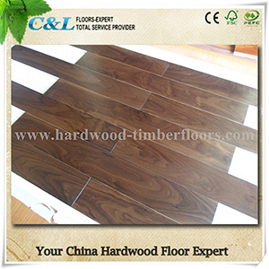 Prefinished Walnut Engineered Wood Flooring pictures & photos
