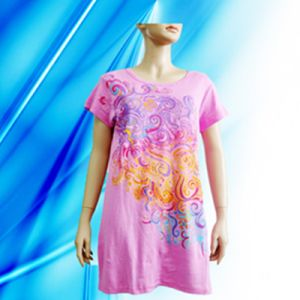 100% Cotton Lady′s Screen Print Nightdress pictures & photos