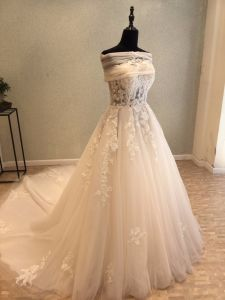 Beading Lace Bridal Wedding Gowns pictures & photos