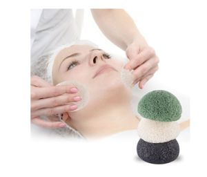 Hot Sale Face Cleaning Sponge Natural Organic Activated Bamboo Charcoal Konjac Sponge pictures & photos