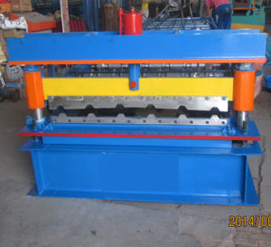 Rolling Sheet Forming Machine Made in China pictures & photos