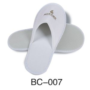 Hot Slipper with 100% Cotton OEM Accepted