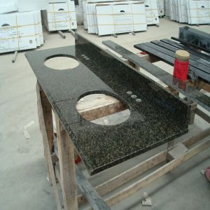 Green Ubatuba Verde Granite Ktchen Furniture pictures & photos