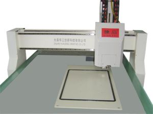 Automobile Door Panel PU Sealing Production Line pictures & photos