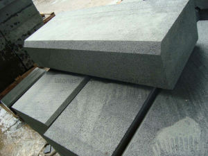 Flamed Finished Basalt Kerbstone for Outdoor Paving pictures & photos