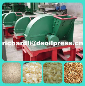 Wood Sawdust Making Machine with CE pictures & photos