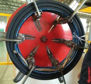 Resistant Oil Hydraulic Hoses pictures & photos