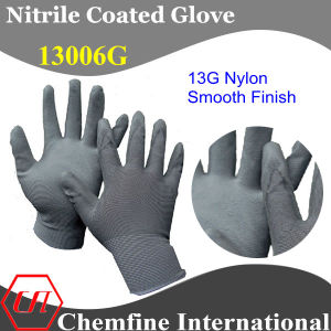 13G Grey Nylon Knitted Glove with Grey Nitrile Smooth Coating pictures & photos