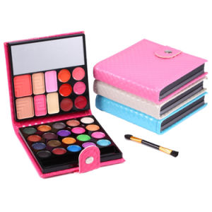 Makeup Eyeshadow Palette 32 Colors with Case Cosmetics for Women Es0302 pictures & photos